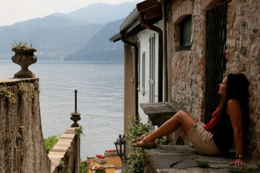 plan a  Romantic Trip to  lake como italy